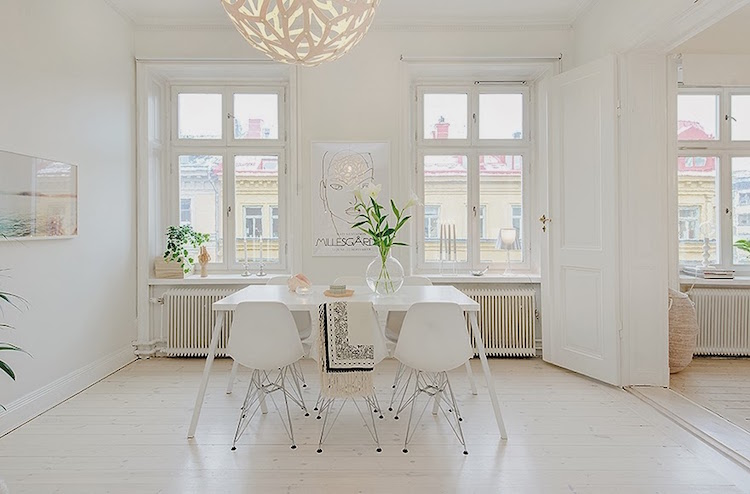 White Decor 2