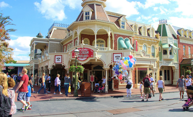 Plaza-Ice-Cream-Parlor-Magic-Kingdom-Disney-WOrld